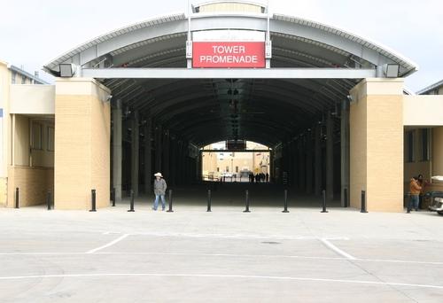 New Promenade exterior