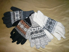 Photo of Alpaca Blend Gloves