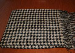 Photo of Classic Alpaca Houndstooth Throw