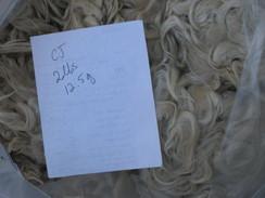 Photo of Elite White Suri Fleece 2lbs 12.5oz