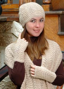 Photo of Classic Alpaca Scallop Lace Hat