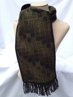 Photo of Scarf - Rattan Pattern