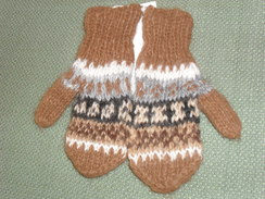 Photo of Toddler alpaca mittens