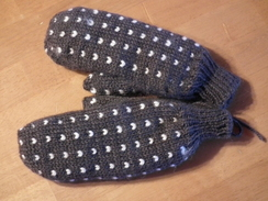 Photo of Thrum Mitts