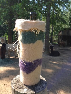 Photo of Alpaca Wine Cozie