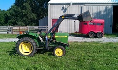 Photo of John Deere 850 Tractor