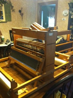 Photo of 8 Shaft Loom