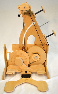 Photo of SpinOlution Queen Bee Travel Wheel