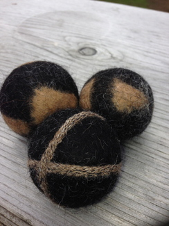 Photo of Alpaca Felt Dryer Balls