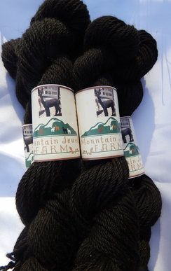 Photo of Alpaca Yarn~Natural Black