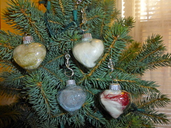 Photo of Sweet Glass Hearts Filled with Alpaca fleece