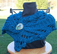 Photo of Chunky cowl with coconut button