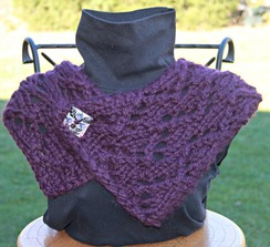 Photo of Chunky cowl with button