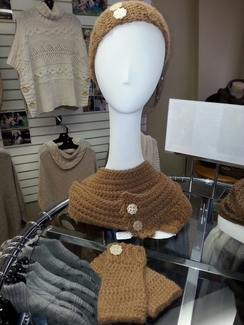 Photo of Dee's Hat, Cowl & Fingerless Gloves Set