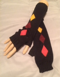 Photo of Solid Diamond Wristwarmers