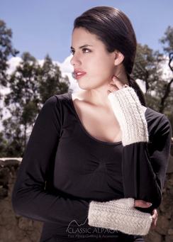 Photo of Cable Fingerless Gloves