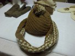 Photo of Matching hat and Infinity Scarf - SOLD