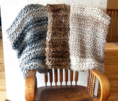 Bulky Knit Suri Throws