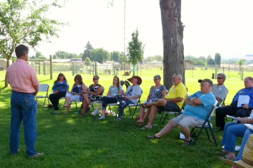 Scott Miller shared his expertise during our first meeting held at Sage Bluff Alpacas.