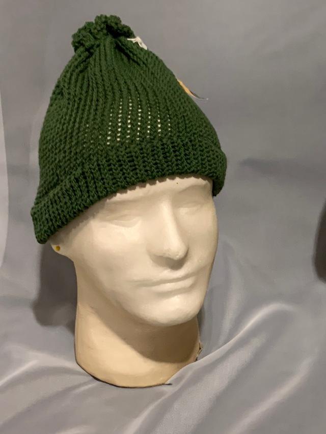 Knitted wool hat (regular knit)