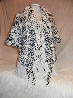 Black and White Wrap