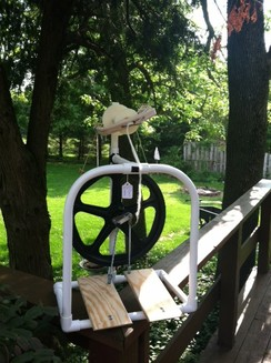 Photo of Pinkie Spinning Wheel