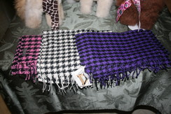 Photo of Houndstooth Scarves