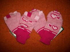 Childrens Heart Hooded Mittens