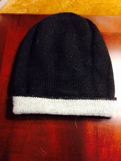 REVERSIBLE  ALPACA HAT