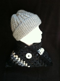 Photo of Woolen Neck Cowl