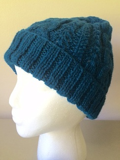 Photo of Trenza Cables Knit Hat