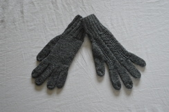 Photo of GLOVES  -- CLASSIC CABLE ALPACA GLOVE