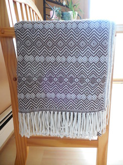 Alpaca throw - Brown and white