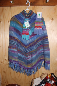 Photo of Poncho - Gloves Combination