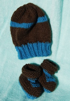 Photo of Infant Hat Set Brown with Blue