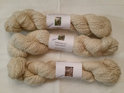 Natural white 2 ply worsted wt suri yarn