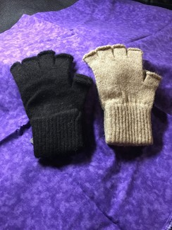 Photo of Fingerless Gloves