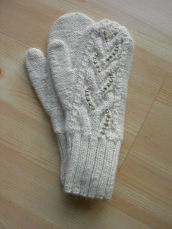 Photo of Beaded mittens