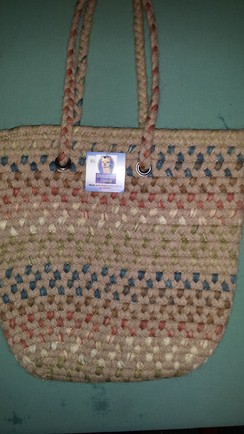 Medium size alpaca handbag