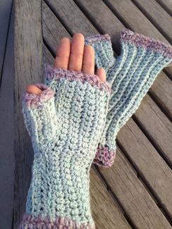 Photo of Knit Fingerless Gloves~ 5.20.17