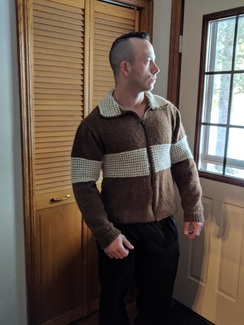 Photo of N17-03-13-33  ZIPPER CARDIGAN