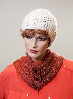 Photo of Alpaca Collared Cowl