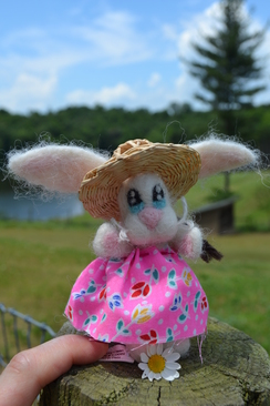 Photo of Felted Sculpture: Bunny With Straw Hat