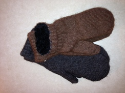 Boucle Lined Alpaca Mittens