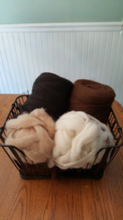 Photo of Un-dyed, Super Fine Alpaca Roving