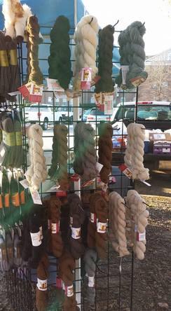 100% alpaca yarn - luscious!