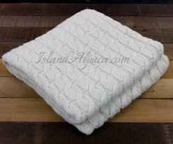 Island Alpaca LUXE Chunky Knit Blanket