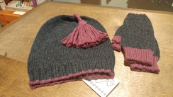 Photo of Tassel Baby Alpaca Hat Set
