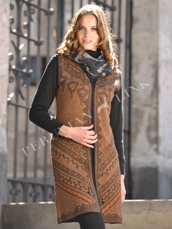 Photo of Reversible Knitted Alpaca Vest (Natural)