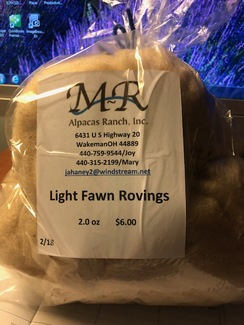 Alpaca Roving Light Fawn